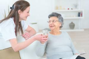 Caregiver-Elderly-Woman