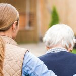 What Are the Duties and Responsibilities of a Dementia Caregiver?
